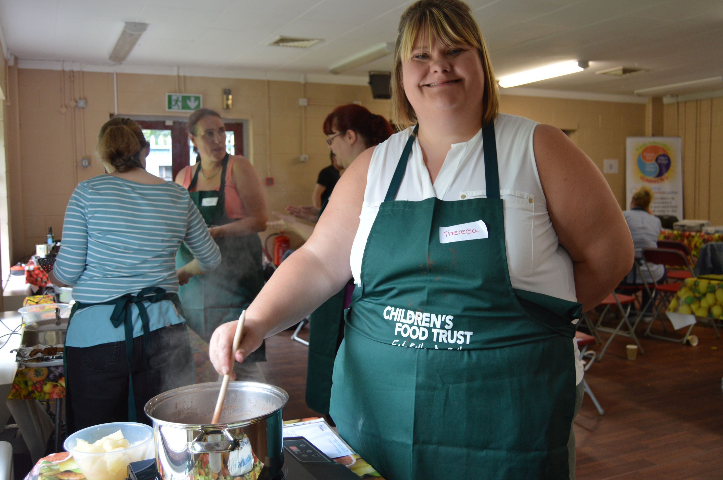 Children S Food Trust Trains Holiday Cooking Project Volunteers Cost Sector Catering